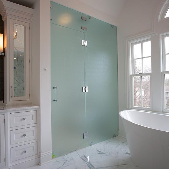 2-frameless-shower-doors
