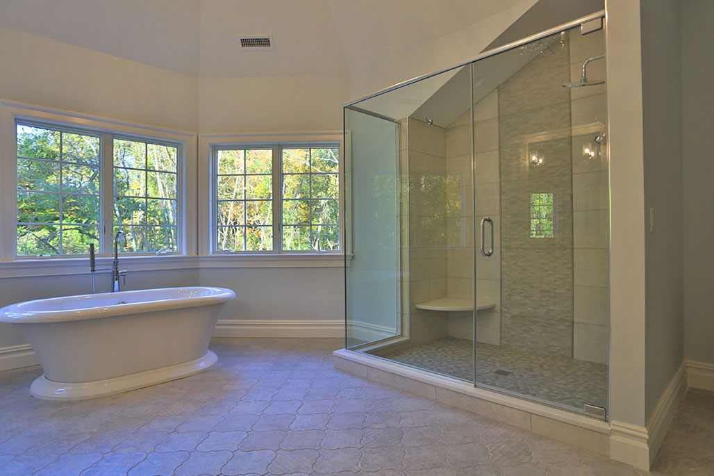 Innovative Closet Designs Shower Enclosures: Framed, semi-frameless, and frameless shower doors