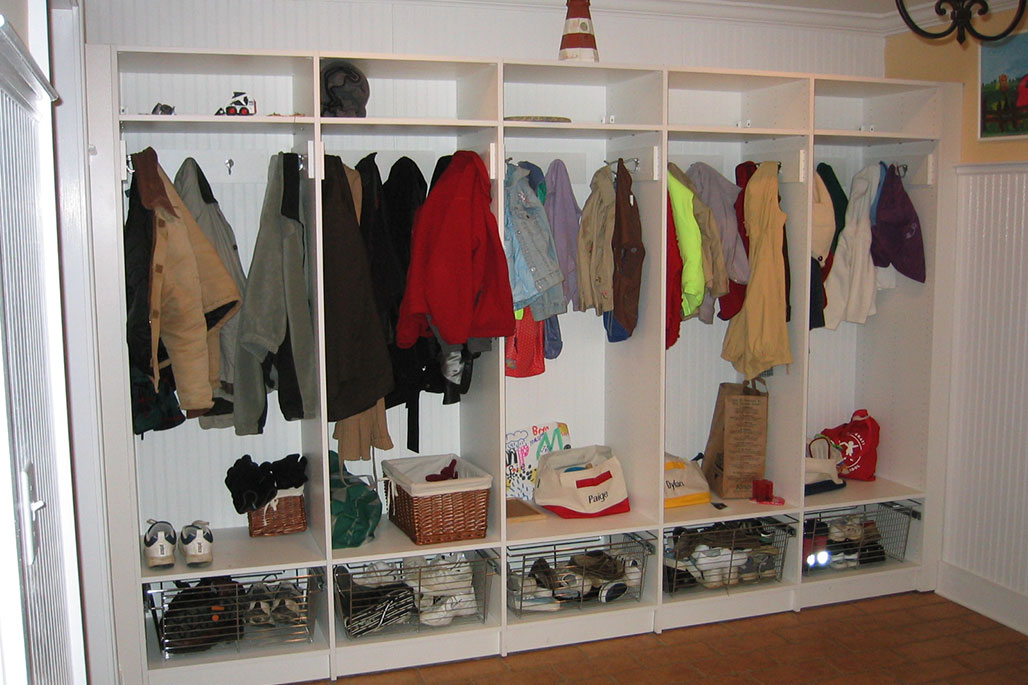 Custom entryway and mudroom solution from Innovative Closet Designs