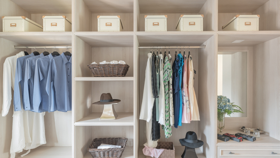 organized-closet-with-open-cubbies