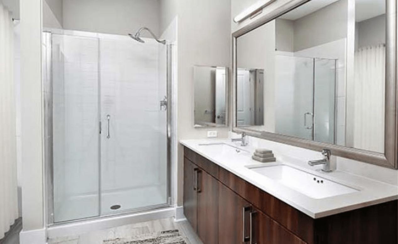 Innovative Closet Designs Bath Solutions: Bath Accessories