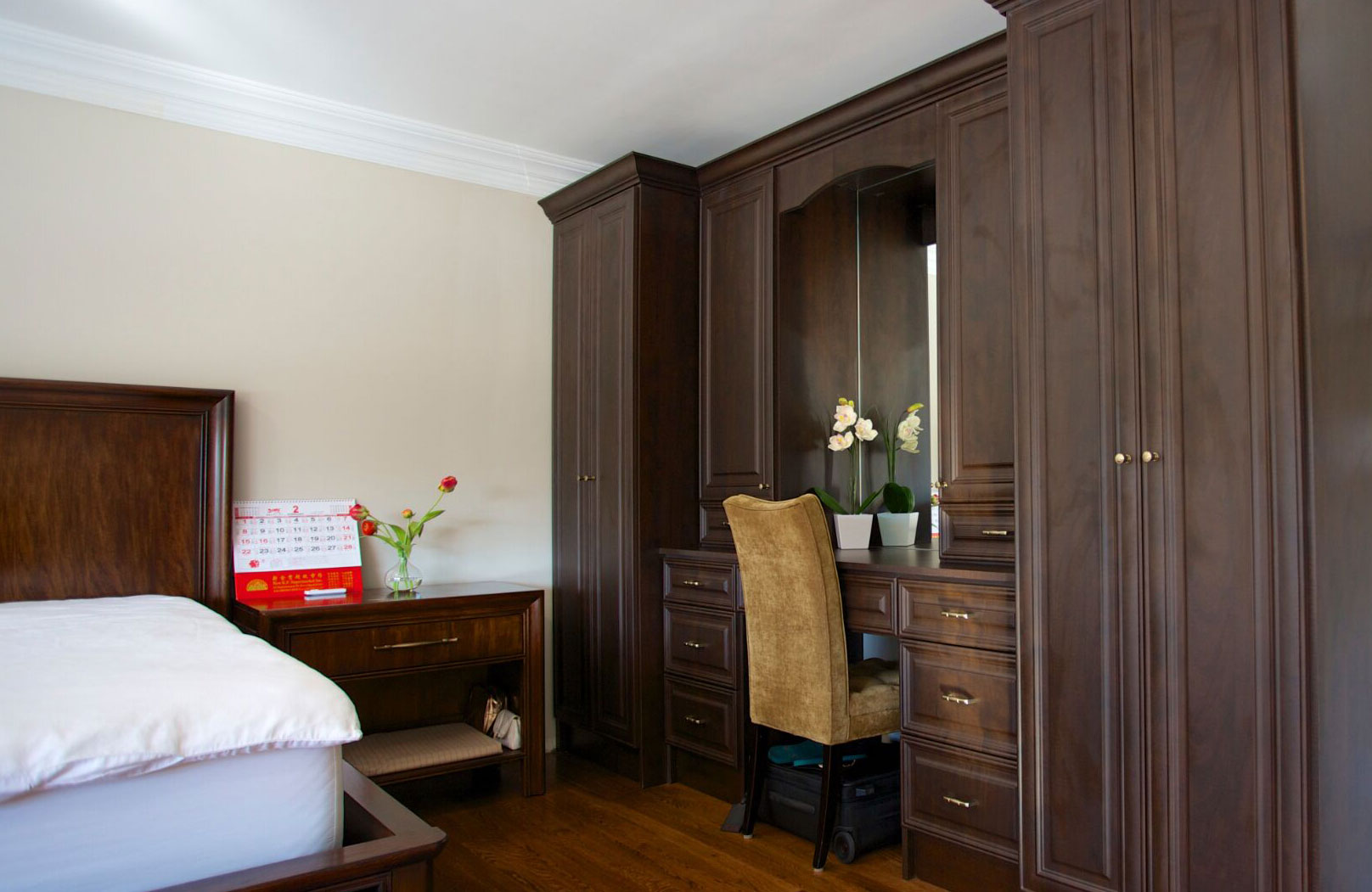 Innovative Closet Designs Bedroom Solution - Chocolate Pear Built in With Vanity Station, Raised Panel Drawers, Full Height Doors, Crown Moulding